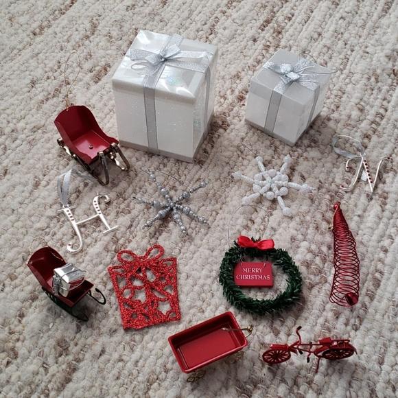 Ornaments & knick knacks